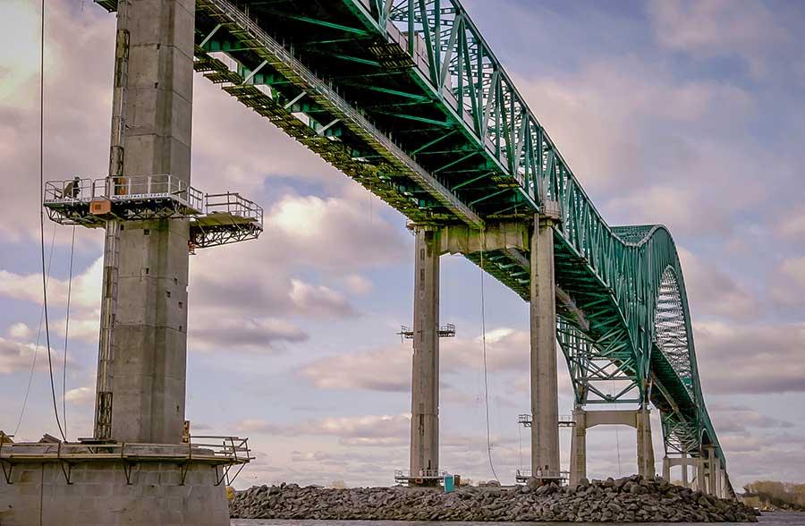 Special-015_bridge_20120920